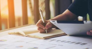 ¿Cómo escribir una carta de exposición de motivos?